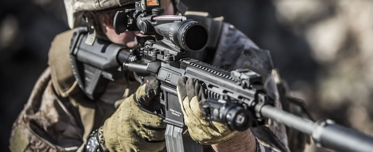 MILITARY OPTICAL WEAPON SIGHTS